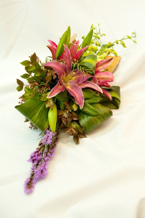 EYA 05 Palm Husk Centrepiece with Lillies